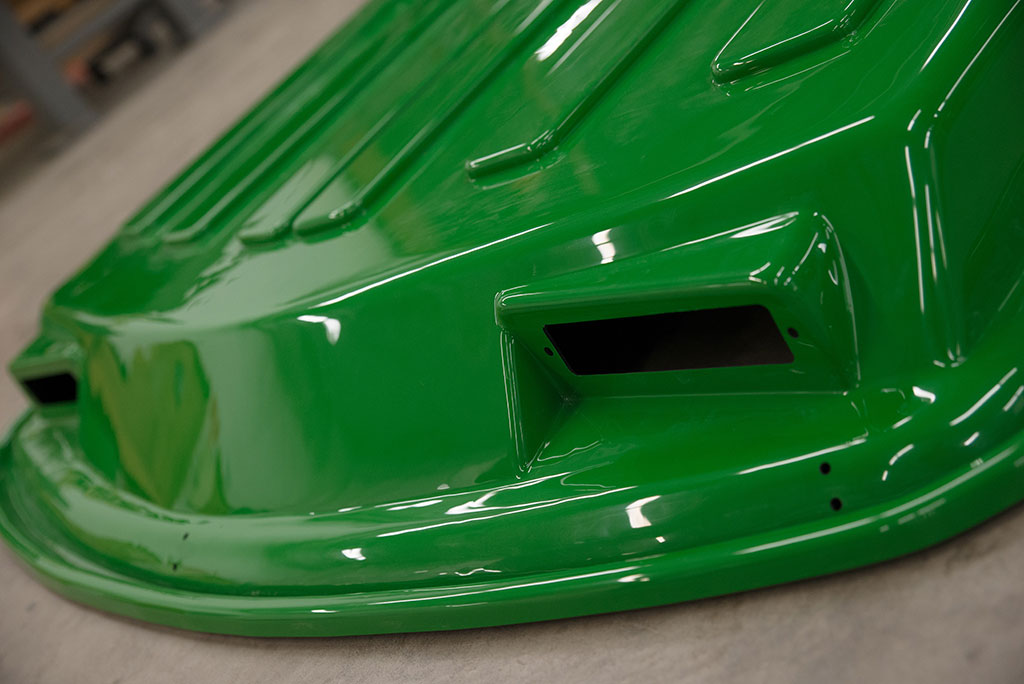 Thermoformed cab roof made with ABS plastic which offers high UV and weatherability.